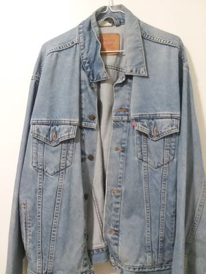 Levis jean jacket for Sale in Chicago, IL