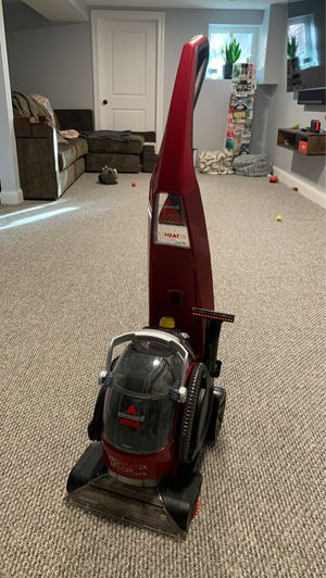 Bissel 3-in-1 carpet cleaner. ProHeat Pet. for Sale in Chicago, IL