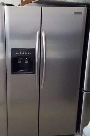 FREE DELIVERY! Frigidaire Refrigerator Fridge Free Delivery Counter Depth #1005 for Sale in Ontario, CA