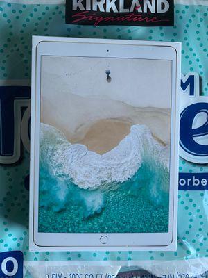 iPad Pro LTE unlocked for Sale in Glen Burnie, MD