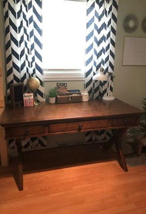 Very sturdy and beautiful office desk! for Sale in Lexington, KY