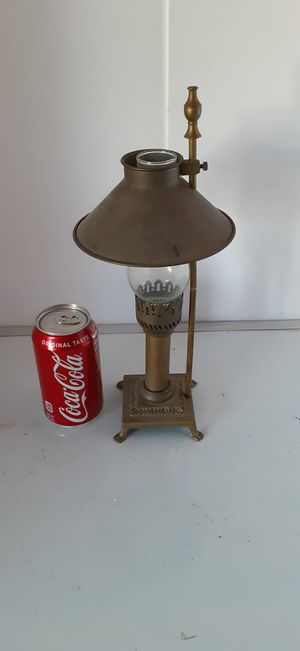 Unique Vintage Small Brass Oil Style Lamp in Canyon Lake for Sale in Menifee, CA