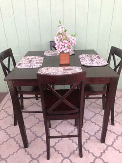 Height Pub Tall Dinning Table for Sale in Norwalk,  CA