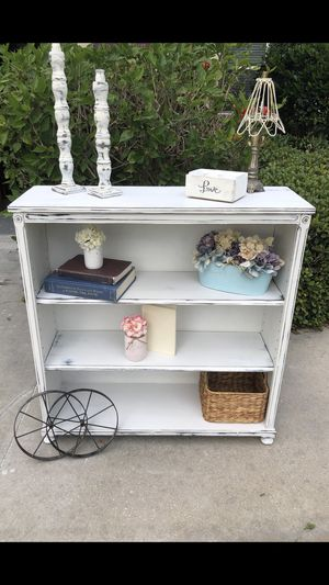 Vintage solid wood bookcase shelf farmhouse shabby chic for Sale in Clermont, FL