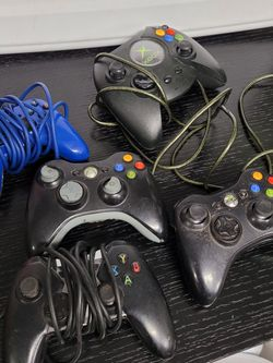Xbox & XBOX 360 controllers for Sale in Puyallup,  WA