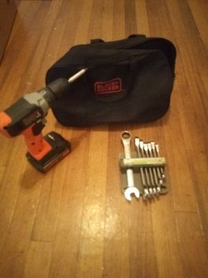 Black and Decker 20 v and wrachet wrenches for Sale in Spring Hill, FL
