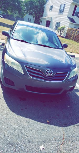 Toyota Camry le for Sale in Saint Charles, MD