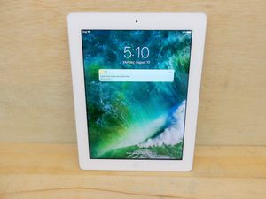 Ipad 4th Generation White for Sale in Silver Spring, MD