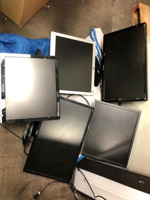 Many monitors available for sale now. Discounted price. Need them gone for Sale in Orlando, FL