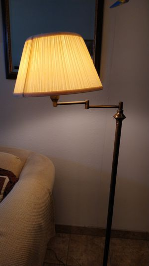 Antique lamp. for Sale in Rosemead, CA