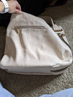 Off white and gold purse for Sale in Puyallup, WA