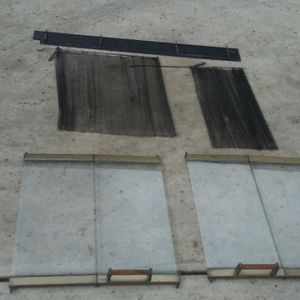 Fireplace. Parts 4 Glass Panels 10 X 22 Each, 2 Woven Wire Screens and 1 Louverd section all pieces In Good Shape for Sale in Bakersfield, CA