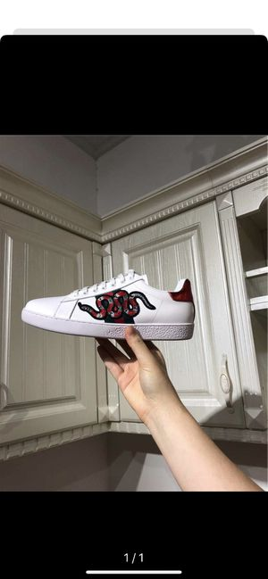 Brand new Gucci shoes for Sale in Baltimore, MD