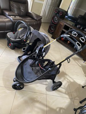 Car seat and stroller for Sale in Cape Coral, FL
