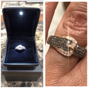 14K Rose Gold .60 ctw NATURAL CHAMPAGNE and WHITE DIAMONDS BELT BUCKLE RING WITH CERTIFICATION SIZE 7 for Sale in Newark, NJ