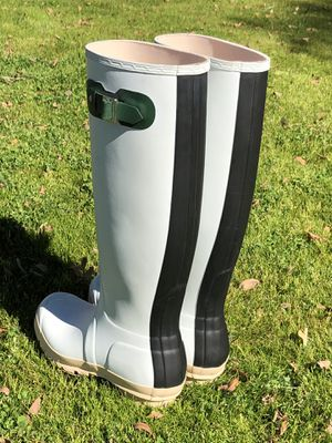 Hunter Special Edition tall women's rain boots for Sale in Gilbert, AZ