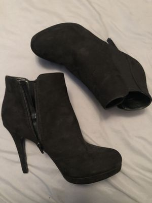 Black heel boots free with any purchase for Sale in Lakeside, CA