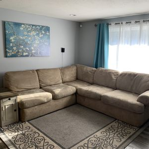 Sectional for Sale in Vancouver, WA