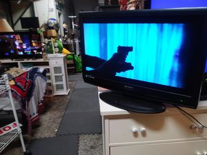 32 in flat screen Emerson TV for sale 📺 for Sale in St. Louis, MO