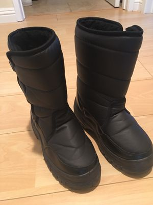 Snow Boot Size 4 Youth for Sale in Cerritos, CA