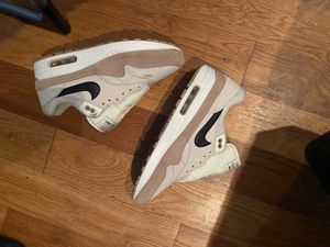 Air max 1 size 10 for Sale in Brooklyn, NY