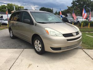 2004 TOYOTA SIENNA LE -EXCELLENT CONDITIONS! for Sale in Orlando, FL