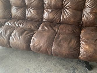 Futon Couch for Sale in Kissimmee,  FL