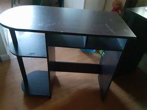 Small desk for Sale in San Jose, CA