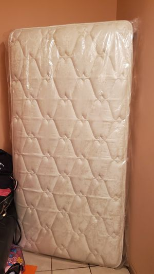Twin matress $100 for Sale in Wichita, KS