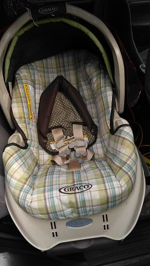 Graco car seat with base brand new never used for Sale in Columbus, OH