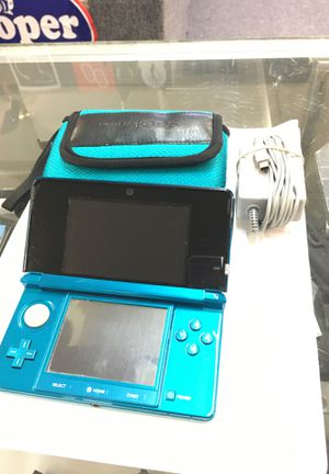 Nintendo 3DS with charger and case for Sale in Lynnwood, WA