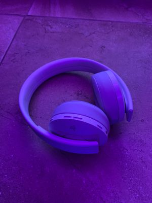 Ps4 pro gold headset for Sale in Poway, CA