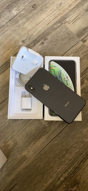 iPhone 8 64 GB never used Apple warranty fully paid off clean ESN Tmobile, MetroPCS, simple Mobile Sprint and Boost Mobile $325 for Sale in Boston, MA