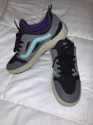 Vans Ultrarange 3D Size 9 for Sale in Brandon, MS