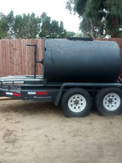 600 GALLON SEALCOAT TANK WITH TRAILER . PINK SLIP ON HAND PTI PLATES(MANUAL) for Sale in Sylmar,  CA