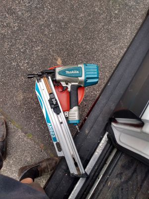 Makita AN923 nail gun for Sale in Seattle, WA