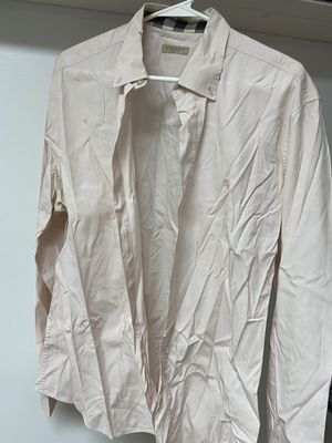 Burberry shirt for Sale in Brooklyn, NY