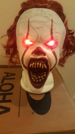 New PENNYWISE LATEX MASK with LED EYES for Sale in North Las Vegas, NV