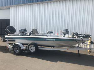 19ft Champion Bass Boat for Sale in Pico Rivera, CA
