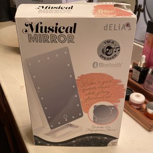 Bluetooth Vanity Mirror for Sale in Moreno Valley, CA