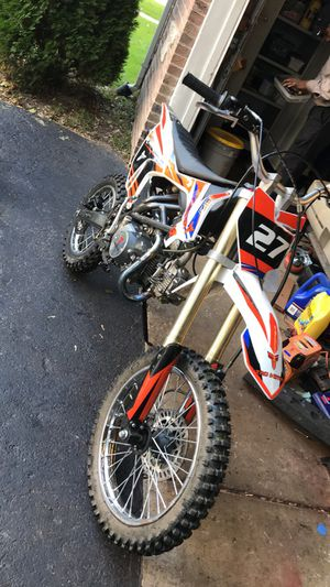 125cc dirt bike for Sale in West Chicago, IL