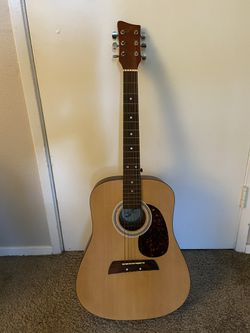 Acoustic Guitar for Sale in Seattle, WA