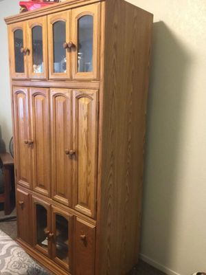 Large Entertainment Center *heavy* for Sale in Fresno, CA
