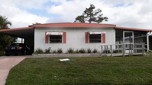 Mobile Home Senior Park..MUST SELL GREAT DEAL for Sale in Lake Worth, FL