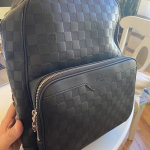 Louis Vuitton Backpack for Sale in Los Angeles, CA