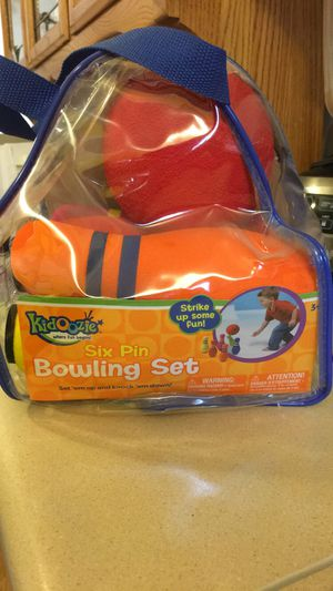 Kidoozie six pin bowling set for Sale in Montrose, CO