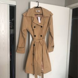 Brand New Women Coat Size Large for Sale in Portland,  OR