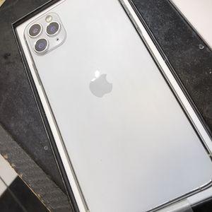 iPhone 11 Pro Max for Sale in Oak Lawn, IL