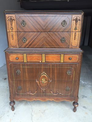 Antique Esque Dresser for Sale in Greensburg, PA