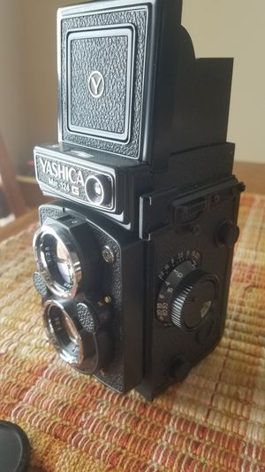 Yashica Mat-124G for Sale in Otsego, MN